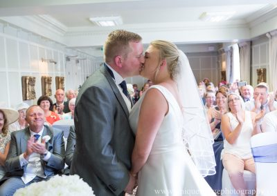 alexis-and-joes-wedding-at-brandshatch-place-hotel-60